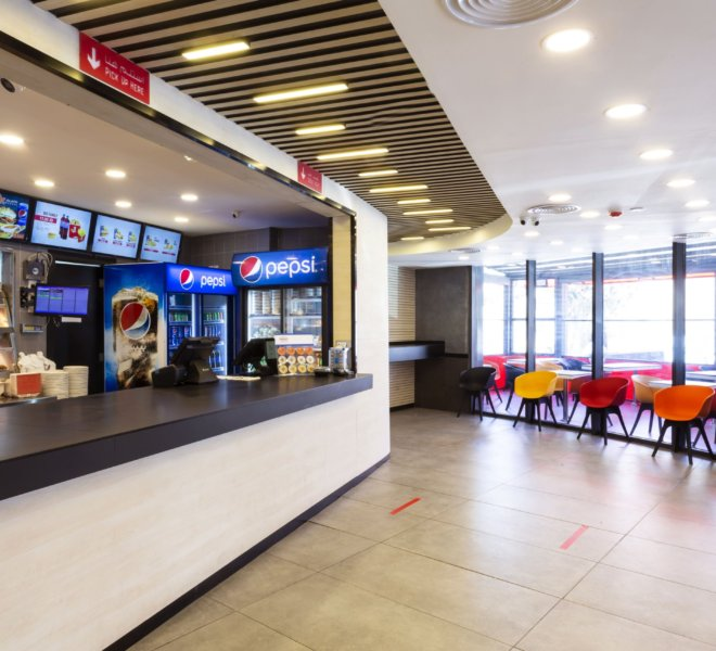 Crispy Chicken Marj al Hamam Branch (11)
